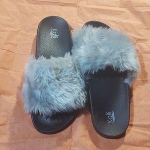 Furry flip flops size 10